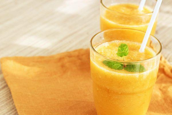 Saatlerce güneşlenmek yerine içerek bronzlaşabilirsiniz