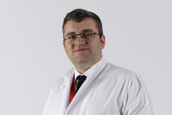 Ortopedi ve Travmatoloji Uzmanı Yrd. Doç. Dr. Nurullah Şener