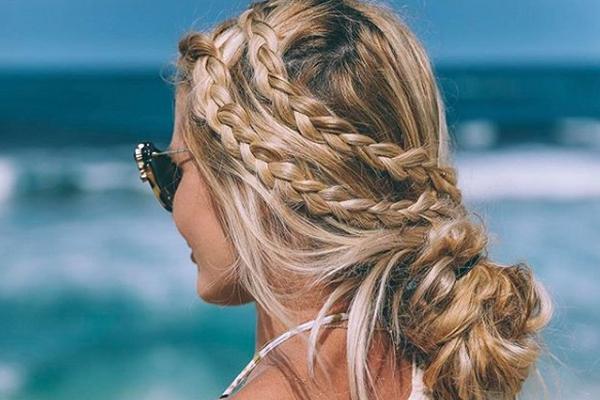 Doğal plaj saçı modelleri