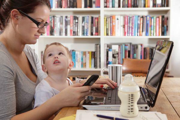 Çalışan anneler için farkındalık kampanyası önemli