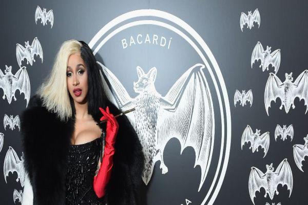 Cardi B, Nicki Minaj'ın rekorunu kırdı!