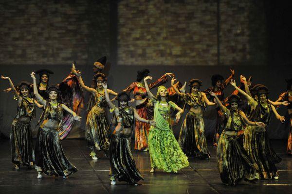 Anadolu Ateşi Dans Topluluğu dev kadrosuyla Ankara'da