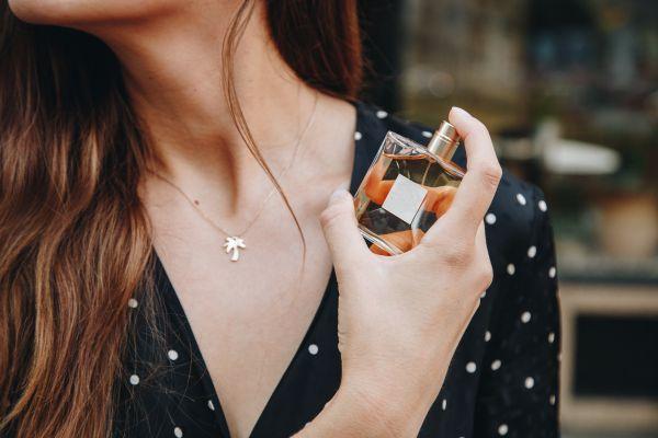 Parfümün kalıcılığını arttırmanın yolları