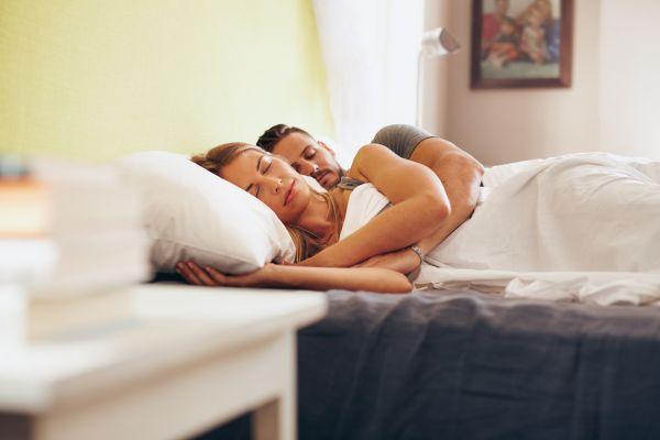 Uyku pozisyonunuz ilişkiniz hakkında ne diyor?
