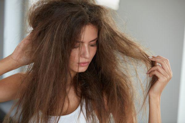 Saçlarınız kuru ve cansızsa çözümü burada!