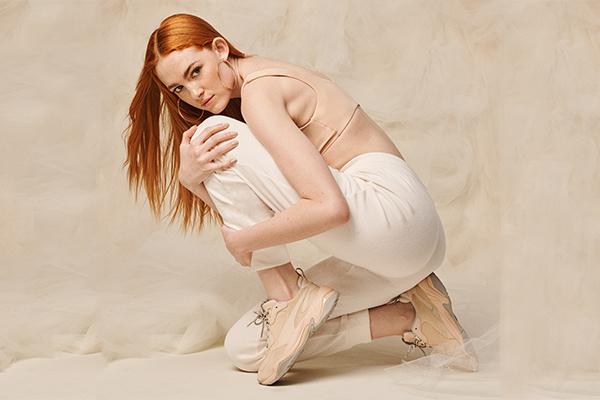 Kalın tabanlı ayakkabı modasına ultra-modern bir dokunuş geliyor