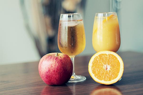 Tükettiğiniz meyve sularının şeker oranına dikkat!