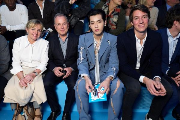 Louis Vuitton erkek koleksiyonunu sundu