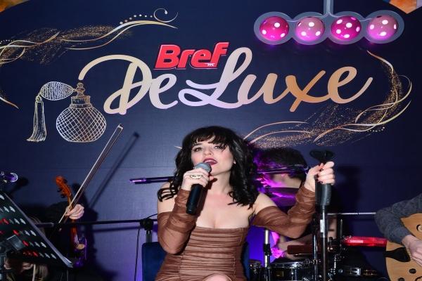 Bref De Luxe lansmanına ünlü akını!