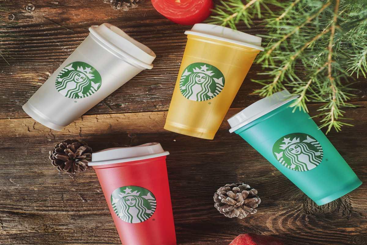 Starbucks'tan yeni yıla özel hediye alternatifleri sunuyor