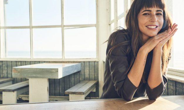 Dockers ilk kadın koleksiyonunu tanıtıyor