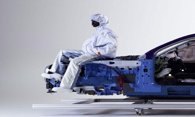 Mercedes-Benz ve Heron Preston'tan hava yastığı konseptli tasarım koleksiyonu hazırladı