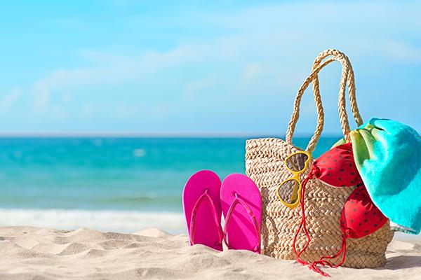 Plaja giderken ne alınır?