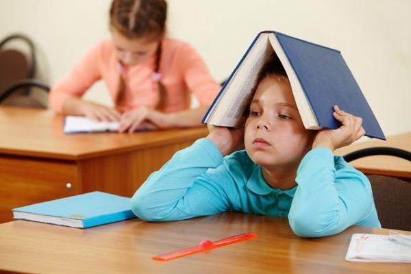 Çocuklar neden yalnız uyumak istemez?