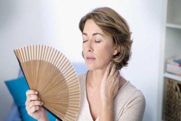 Menopoz ile yaşamaya alışmalıyız