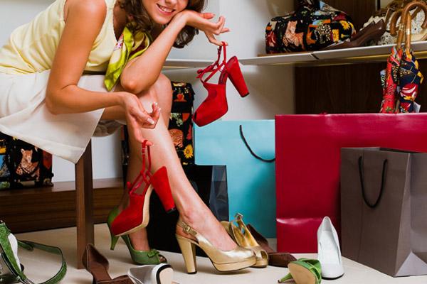 Rahat topuklu ayakkabı için 8 detay