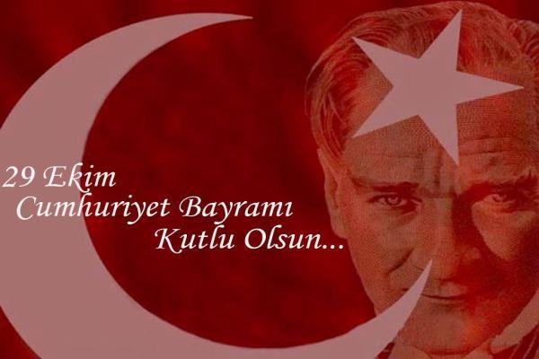 Yüzbinler  Kadıköy'de Cumhuriyet için yürüdü
