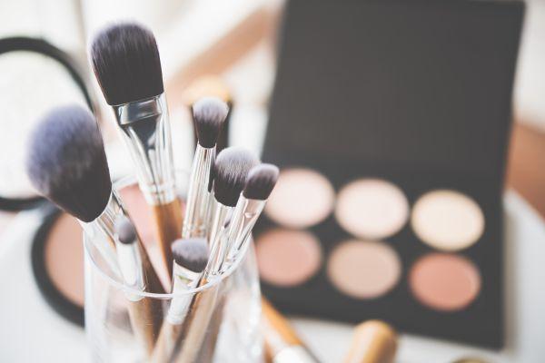 Makyaj fırçası temizleme yöntemleri