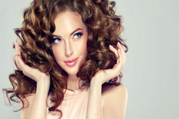 Daha dolgun saçlar için saç gürleştirme kürleri