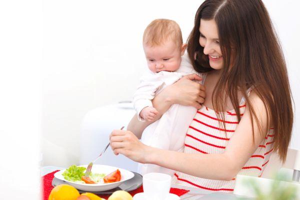 Emzirme döneminde beslenmeye dikkat!