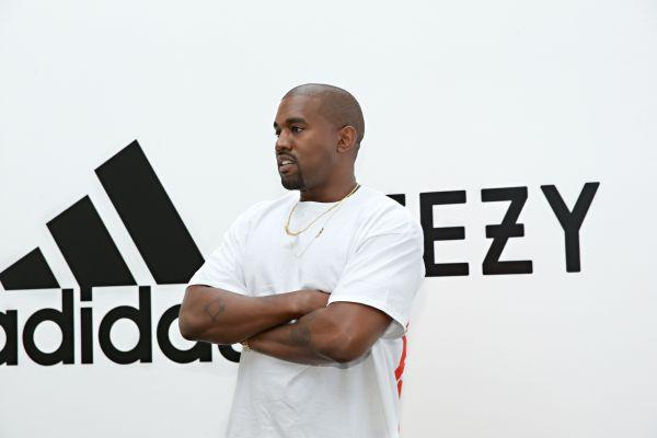 Kanye West ile adidas Yeezy Boost