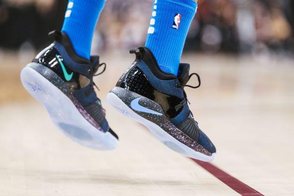 Nike'tan Paul George'a özel ayakkabı: PG2