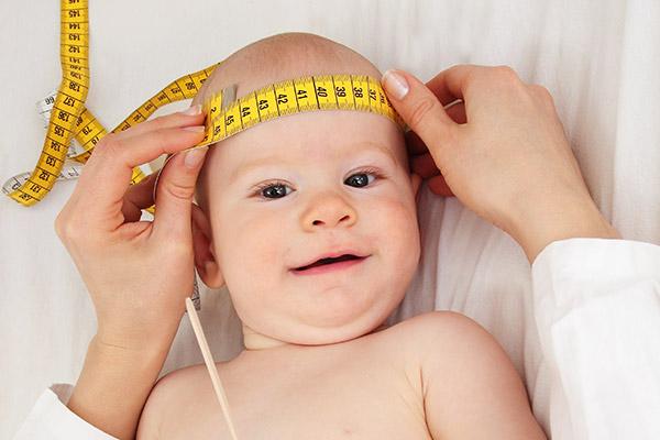 Bebeklerin baş çevresi ölçümü ihmale gelmez!