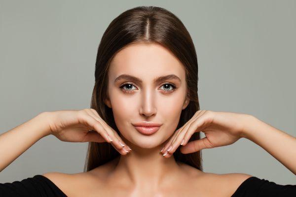 Parlak ve bakımlı bir cilde sahip olmanın 10 yolu