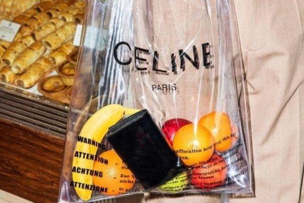 Celine markasının 3200 TL'lik naylon poşet çantası!