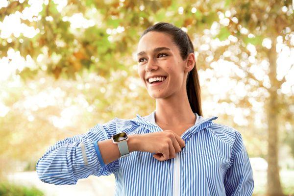 Fitbit'in en akıllı sağlık ve fitness arkadaşı!