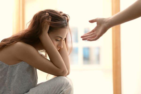 Bu 9 belirti sende varsa depresyondasın!