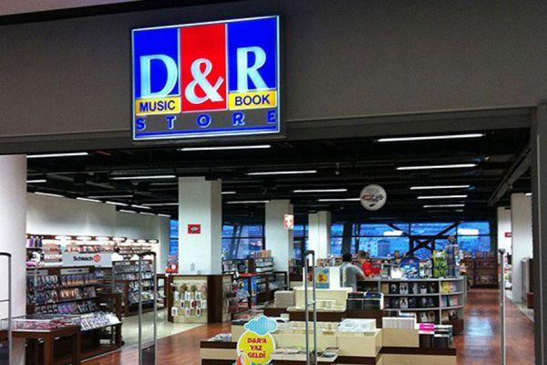 """D&R'da """"Plak"""" aşkına"""