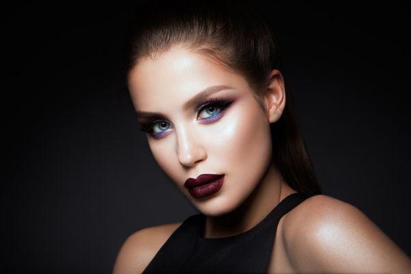 Göz rengine göre makyaj yap ve harikalar yarat!