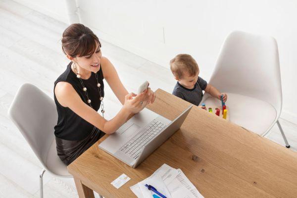Annelere, işi ayağına getiren site SanalUzman