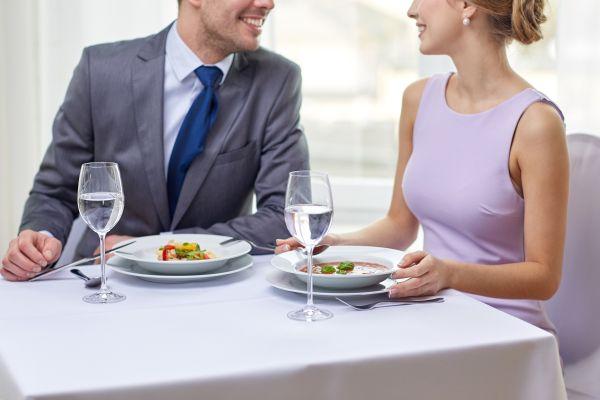 İlk buluşmada nasıl giyinmelisiniz?
