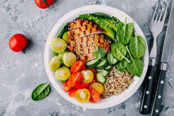Çalışanlara öğle yemeği için sağlıklı öneriler!