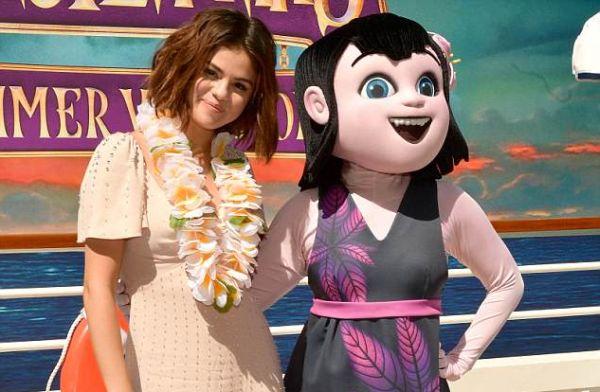 Selena Gomez favori yaz şarkılarını açıkladı!