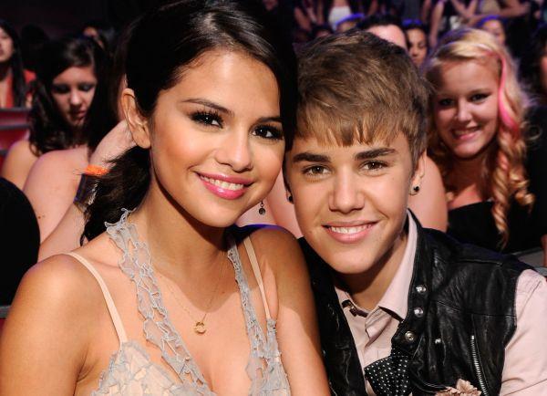 Justin Bieber Selena Gomez dövmesini sildirdi mi?