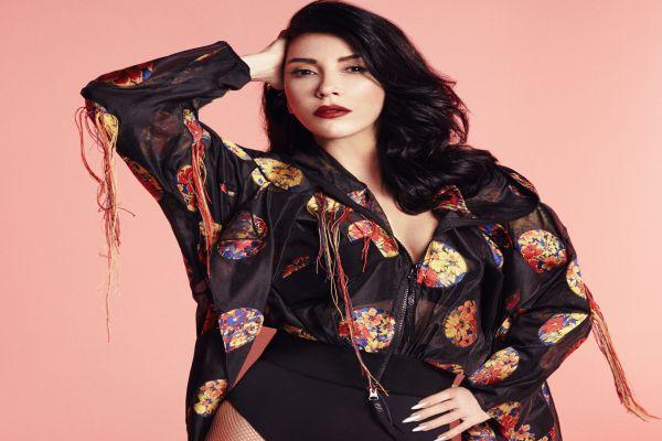 Hande Yener: Enerjimi ve gençliğimi aşka borçluyum