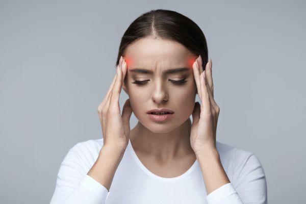 Baş ağrısını tetikleyen 5 neden ve ağrıya karşı korunmak için 8 önlem
