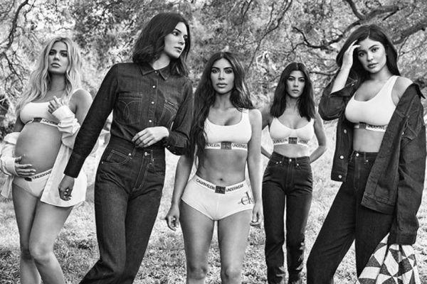 Photoshop'un böylesi! Kardashian'a öyle bir photoshop yaptılar ki!