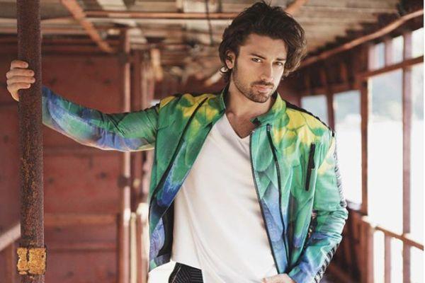 Yeni neslin en yakışıklı Türk oyuncuları