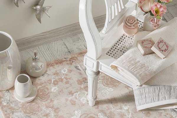 Glam Rose sonbaharı evlerde kırmızının sıcaklığı ve çarpıcı etkisiyle yaşatacak
