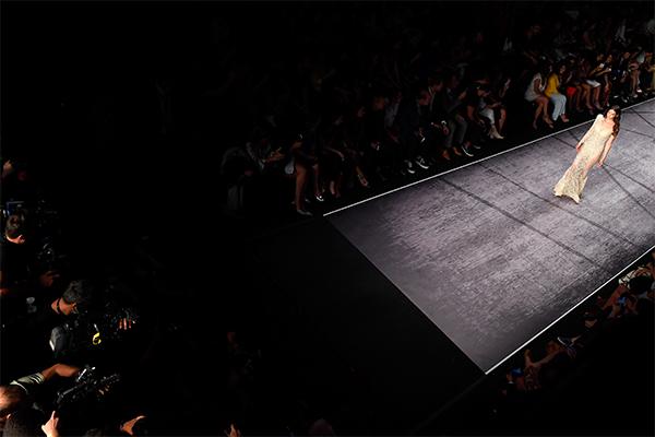 Mercedes-Benz Fashion Week İstanbul Zorlu PSM'de başladı