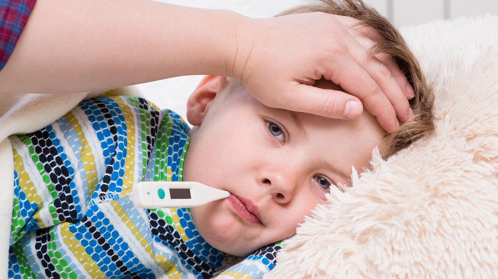 """Çocuklarda soğuk algınlığının en önemli nedeni: """" Rinovirüsler """""""