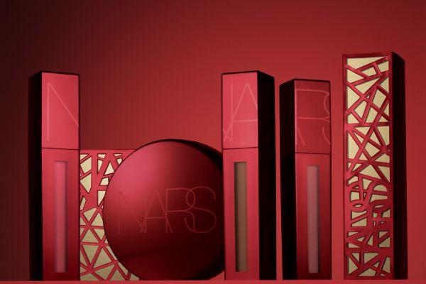 Nars'tan cesur kırmızı özel seri: Powermatte Lip Pigment
