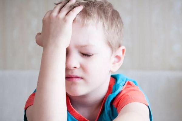 Ebeveynlerin çocuklarını dikkatle gözlemlemesi gerekiyor