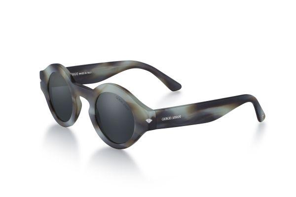 Armani ikonik gözlükler tekrar arşivlerden geliyor
