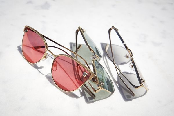 Cartier gözlük koleksiyonunu yeniden yorumluyor