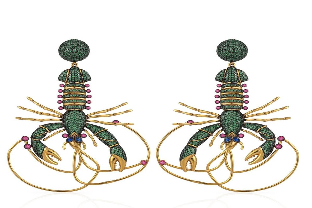 Ünlü Türk Tasarımcı Begüm Khan'ın tasarımları çalıntı çıktı!